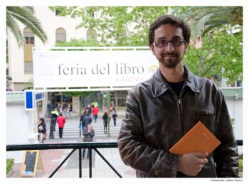 Autor Julio César Galán día 3 de mayo